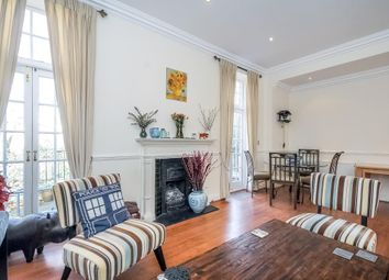 Thumbnail 3 bedroom flat to rent in Frognal, Hampstead NW3,
