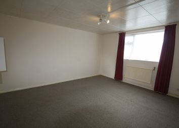 Thumbnail 2 bed flat to rent in The Oaks, Chippenham