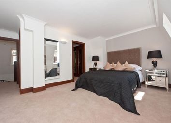 Thumbnail 4 bedroom flat to rent in St. Edmunds Terrace, London