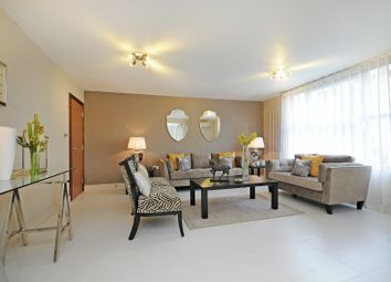 Thumbnail 3 bedroom flat for sale in Knightsbridge, London