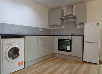 Thumbnail 1 bed flat to rent in Newport Road, Roath