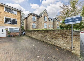4 bed property for sale in Golden Manor, London W7