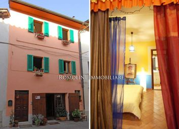 Thumbnail 3 bed town house for sale in Sansepolcro, Tuscany, Italy