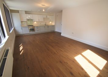 Thumbnail 2 bed flat to rent in Bishops Road, Slough