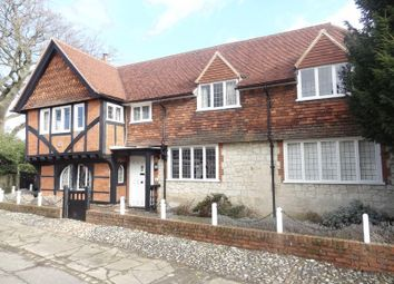 Thumbnail 6 bed detached house to rent in Quality Street, Merstham, Redhill