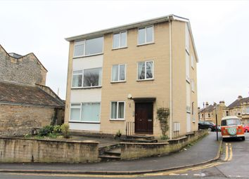 Thumbnail 3 bed flat to rent in Park Lane, Bath