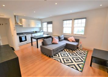 Thumbnail 1 bedroom flat to rent in Elder Avenue, Crouch End, London