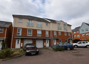 Thumbnail 4 bed property to rent in Barrow Gardens, Redhill