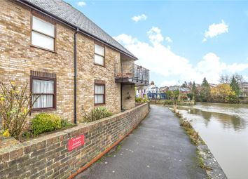 Thumbnail 2 bedroom flat to rent in Shirelake Close, Oxford