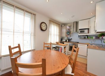 2 bed maisonette to rent in Bryantwood Road, London N7