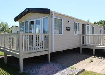 Thumbnail 2 bedroom mobile/park home for sale in Marton Mere Holiday Village, Mythop Road, Blackpool, Lancashire