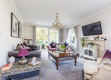 3 bed flat for sale in The Avenue, Poole BH13