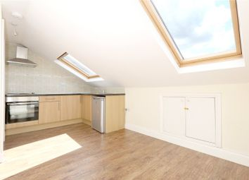 Thumbnail 1 bedroom flat to rent in Alroy Road, Harringay, London