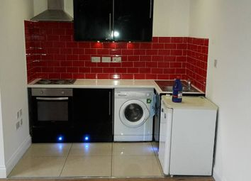 Thumbnail Studio to rent in High Street, Bromley