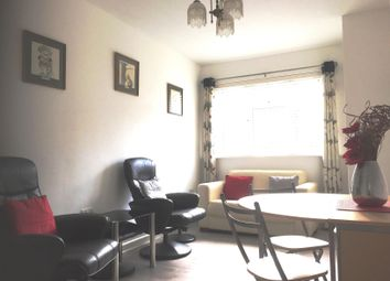 2 bed flat to rent in Sea Road, Boscombe, Bournemouth BH5