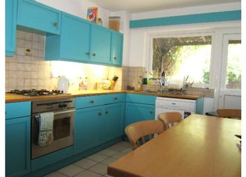 Thumbnail 4 bed town house to rent in 41 Rochelle Close, Clapham Junction, London, Greater London