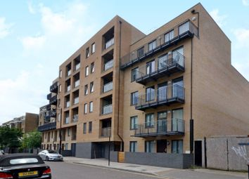 Thumbnail 1 bed flat to rent in Fairfield Road, Bow