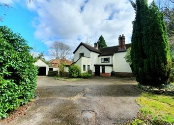 Thumbnail 4 bed detached house to rent in Gong Hill Drive, Farnham