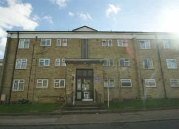 Thumbnail 2 bed flat to rent in Tedder Road, Adeyfield, Hemel Hempstead