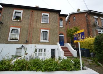2 bed flat to rent in Manor Drive, Berrylands, Surbiton KT5