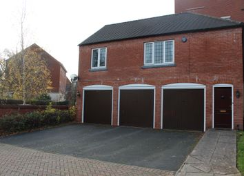 The Coach House, Dickens Heath Road, Solihull B90. 2 bed flat