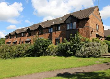 Thumbnail Flat for sale in Redan Road, Aldershot