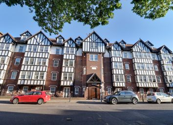 Thumbnail 3 bed flat for sale in Leigh Road, Leigh-On-Sea
