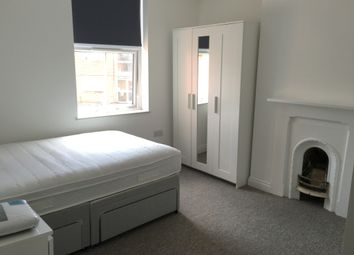 Thumbnail Room to rent in West Street, Banbury