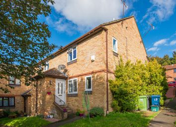 Thumbnail 1 bed property to rent in Cairnside, High Wycombe