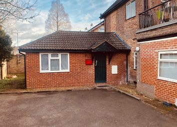 Thumbnail Studio to rent in 9 Hadley Court Studley Road, Luton