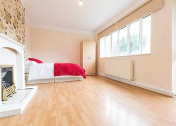 Thumbnail Room to rent in Kennet Street, Tower Bridge
