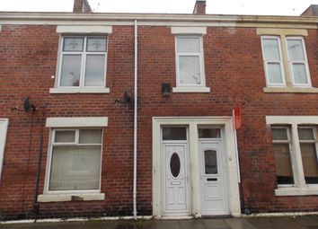 Thumbnail 2 bed flat to rent in Frobisher Street, Hebburn