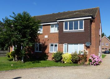 Furlong Road, Bourne End SL8. 2 bed flat