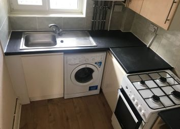 Thumbnail 2 bed flat to rent in Winkley Road, Lonodn, Muswell Hill