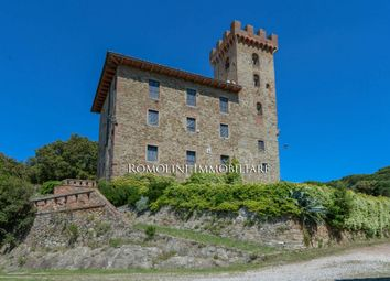 Thumbnail 20 bed property for sale in Pisa, Tuscany, Italy