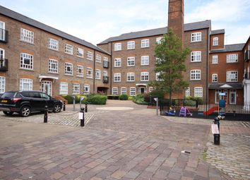 2 bed flat to rent in Milliners Court, Lattimore Road, St Albans AL1