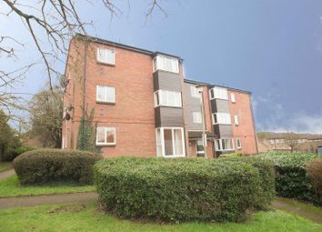 Thumbnail 2 bed flat for sale in Taylor Close, Sandridge, St.Albans