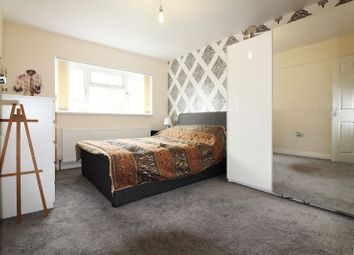 Thumbnail Room to rent in Shelley Close, Banbury