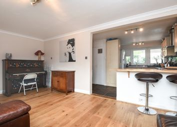 Thumbnail 3 bed flat for sale in Culvert Road, Battersea