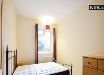 Thumbnail Room to rent in Lebanon Gardens, Wandsworth