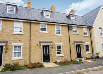 Thumbnail 3 bed town house for sale in Parry Rise, Biggleswade