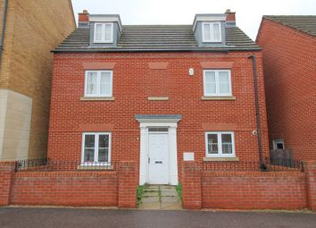 Thumbnail 4 bed detached house to rent in Ashmead Road, Bedford