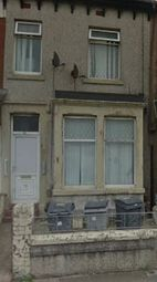 1 bed flat to rent in Grasmere Road, Blackpool FY1