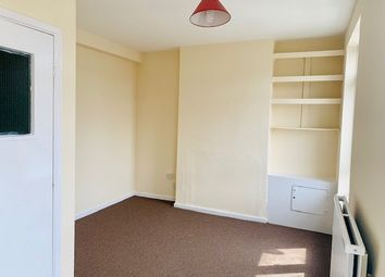 Thumbnail 2 bed flat to rent in Uxbridge Road, Hayes, Middlesex
