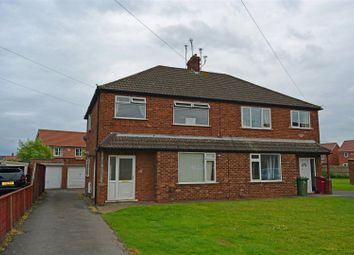 Thumbnail 1 bed flat to rent in Staindale Road, Scunthorpe
