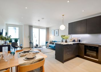 Thumbnail 2 bed flat for sale in Long Lane, London Bridge