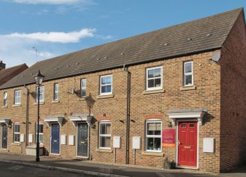 Thumbnail 2 bed property to rent in Chelsea Road, Fairford Leys, Aylesbur &Bg