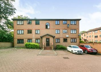 Thumbnail Flat for sale in Winston Close, Greenhithe, Kent