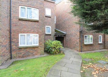 Thumbnail 2 bed flat to rent in Lime Tree Court, The Avenue, Hatch End