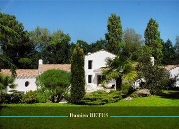 Thumbnail 4 bed property for sale in Pays De La Loire, Vendée, Saint Hilaire De Riez